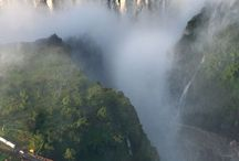 Victoria Falls images. / A selection of great photos of these magnificent Falls that separate Zambia and Zimbabwe.