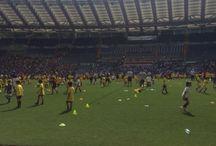 Evento sportivo Calcio in erba / Evento rivolto ai ragazzini delle scuole calcio per fargli vivere l'emozione di giocare all'interno dello stadio olimpico e di visitare gli spogliatoi