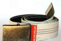 Hosewear | Geupcyclede Brandweerslangen / Hosewear is een fabrikant van tassen en beschermhoezen. Zij maken hiervoor gebruik van oude gebruikte brandweerslangen.