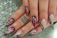 Tp nails