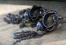 Earrings / by Barbara DeLisle