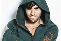 Enrique Iglesias :) / One of the hottest men alive / by Hailee Stover