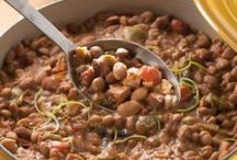 Soup/Broths/Stews/Chili/Chowders / by Michelle Donnelly
