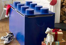 Furniture: Toy box