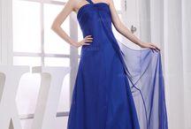 Dresses / by Emily Start