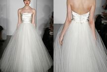 Wedding Dresses / by Parker Brody
