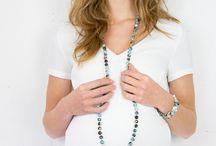 Proud Mama sieraden collectie 2015 / Prachtige zwangerschapskettingen en mama sieraden voor troste mama's. Bekijk hier de complete collectie: http://www.ikbenzomooi-baby-kinderen-kleding.nl/brands/proud-mama/