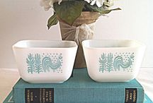 vintage cookware / by Lu Colling