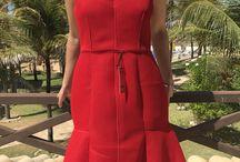 Vestidos de luxo / Vestidos de grife novos e semi-novos, ORIGINAIS. Compras pelo enjoei: https://www.enjoei.com.br/eluxo-b064a