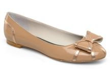 Nude shoes / by Cécile Repetti-Dietrich