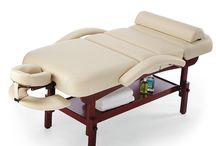 Massage room and table