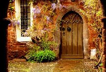 Doors and Portals / by Cindy Malone