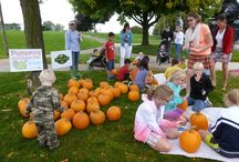 Farmers Markets & Kids / We offer many programs and events for children at our Grand Haven and Spring Lake Farmers Markets.