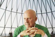 Foster :  International Architect