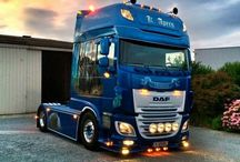 T DAF TRUCK 106XF / Trucks of the brand DAF,new model series 106XF.