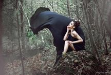 photoshoot flying dress / A collection of photos where flying dresses are the main theme.