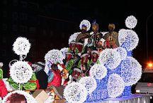 Carrozas de Navidad / Carrozas de Navidad, Carrozas para cabalgatas, desfiles, carnavales o cualquier evento.  ¡Somos la luz de la fiesta! #carrozasdenavidad #carrozas #cabalgatas