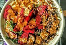 5 Counter-serve Spots for Healthy Salads in Chicago / Healthy salads in Chicago, counter-serve restaurants in Chicago, Brightwok Kitchen, Be Leaf, Freshii, Lyfe Kitchen, Sweetgreen