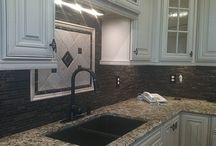 Captivating Kitchen Countertops / There are many things to choose when remodeling or designing a new kitchen, and your countertops are one of the most important design elements of your kitchen.