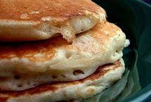 Food - Breakfast + Brunch / by Red Huntress
