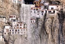 Waterfalls / Waterfalls all over the world / by Pablo Bermúdez