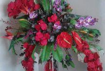 composicion floral en artificial