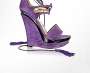 Shoes & More Shoes / by Lisa Brown