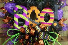 Wreaths Ideas / by Susie Walker