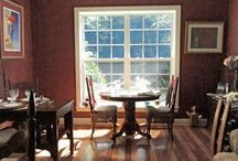 Dining at Butterfly Creek / A tour of the kitchen and dining areas at Butterfly Creek Inn B&B