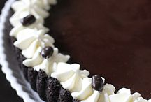 Decadent Desserts / by Robin Hall Cornish