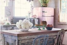 Dream Kitchens / by Heather Phillips