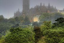 Travel / Edinburgh