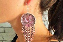 boucles d'oreilles perlées et rose