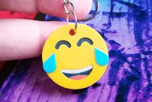 3D Printed Emoji Keychains / Emoji keychains - 3d printed products. You can order any cool personalized 3d printed products at Manubim.