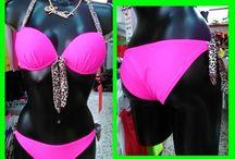 Moda Baño Detalles 2014 / DETALLES os ofrece su moda baño para esta Primavera Verano 2014.Bikinis,bañadores,partes sueltas tanto parte alta como baja. Dirección de la tienda: Estamos en la Cuesta, barrio de la Candelaria C/Dominguez Guillen nº4 tlno de contacto 922 662096. Horario de 10 a 13,30 de lunes a sabado y de 5 a 8,30 de lunes a viernes