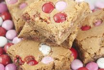 Recipes-Cookies / by Carla Trotter