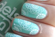Nails... Hair.. And more! / Bits and pieces of beauty ideas and DIY hairstyles and nail art.