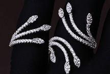 Кольца | Ring / Широкий ассортимент женских и мужских колец в интернет-магазине DiaDemaGrand https://diademagrand.com.ua/kolechki.html