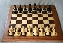 Online Chess Sets / UK based suppliers of chess sets and wooden chess boards online.  Also offers hand painted and tournament standard pieces, clocks, chess computers and games compendiums.