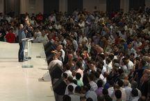 События / Все самые значимые события христианского мира с фото и видео сопровождением. Мы освещаем все христианские события без конфессиональных ограничений. Будьте в центре событий.