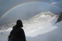 Montaña / porqué me gusta subir montañas? porqué están ahí / by Oscar Fuentes Sala