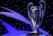 FUTBOL / la gran Champions league. La Liga de Campeones de la UEFA (en inglés: UEFA Champions League), anteriormente conocida como Copa de Europa, es el torneo internacional oficial de fútbol más prestigioso a nivel de clubes organizado por la Unión de Asociaciones Europeas de Fútbol (UEFA).