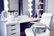 Makeup table and ideas