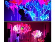 Glowing Murals / Magic murals that appear and disappear