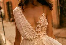 Yunani dress