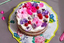 eetbare bloemen gebak