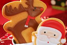 Merry Christmas Cookies / Christmas cookies- recipes & sweet ideas for them / by Country Woman Magazine