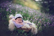 Outdoor Newborn portraits / Inspiration and examples of my own work. Newborn babies photographed in the great outdoors and on location.