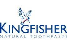 Kingfisher / Kingfisher makes natural, effective, GM and gluten free toothpaste. It was the first producer of natural toothpaste to be granted approval from the British Dental Health Foundation, and has since gone on to be named PETA's Best Cruelty-free Toiletries and Beauty Product. Kingfisher toothpastes are suitable for vegetarians and vegans and contain no artificial colourings, flavourings, sweeteners or preservatives.