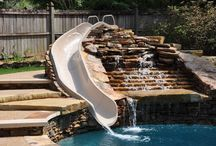 Pool and Patio / Wonderful swimming pools surrounded by cozy outdoor living spaces